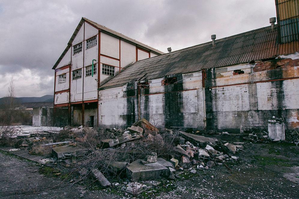 La fábrica de Inquinosa se encuentra abandonada desde hace 20 años