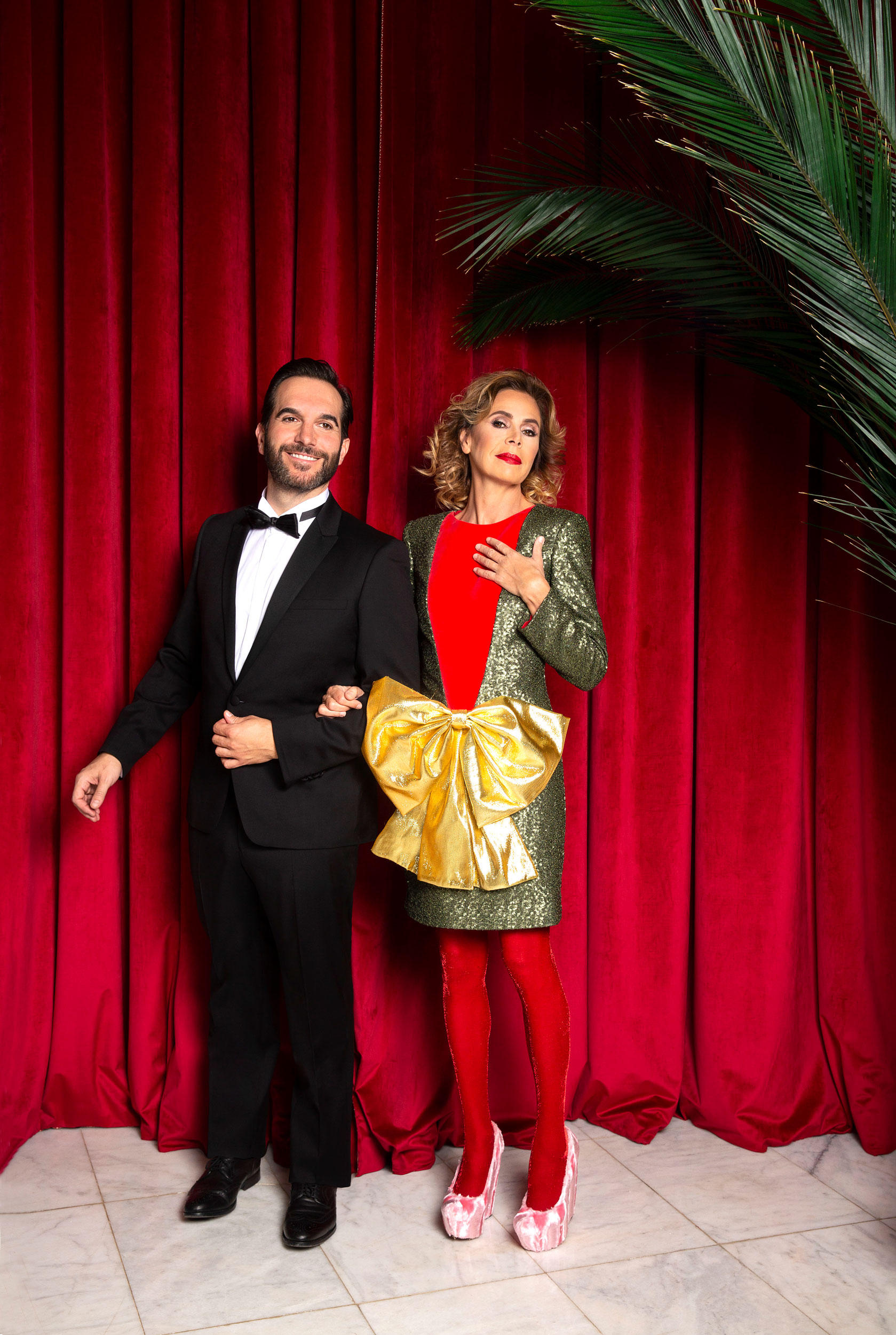 Mario Sandoval junto a Ágatha Ruiz de la Prada. (Foto: Olga Moreno)