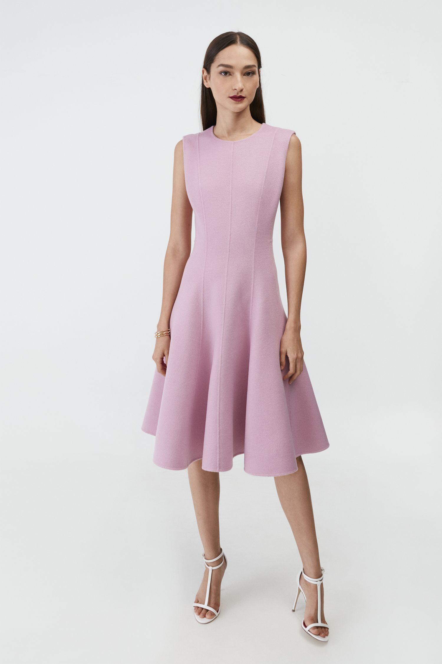Vestido de Carolina Herrera. (Cortesía de la marca)