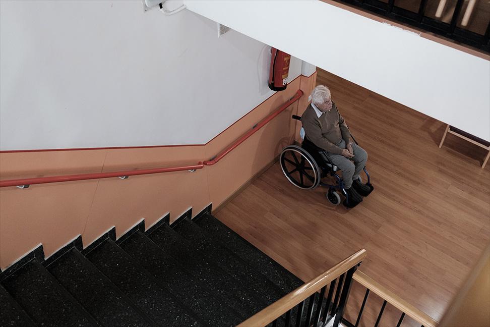 Un anciano en la residencia Las Praderas de Pozuelo de Alarcón, Madrid