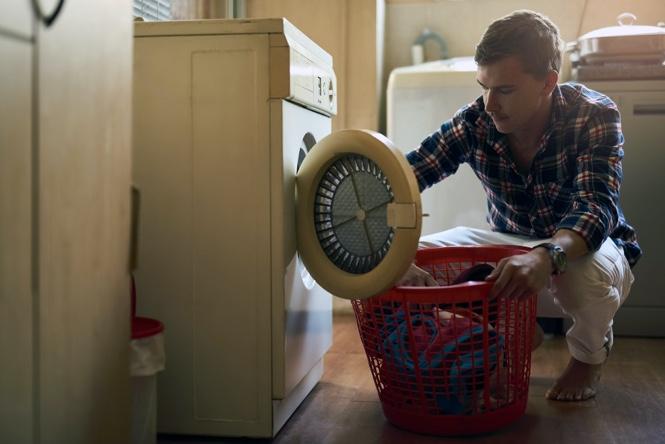 Ahorrar algo de dinero poniendo la lavadora
