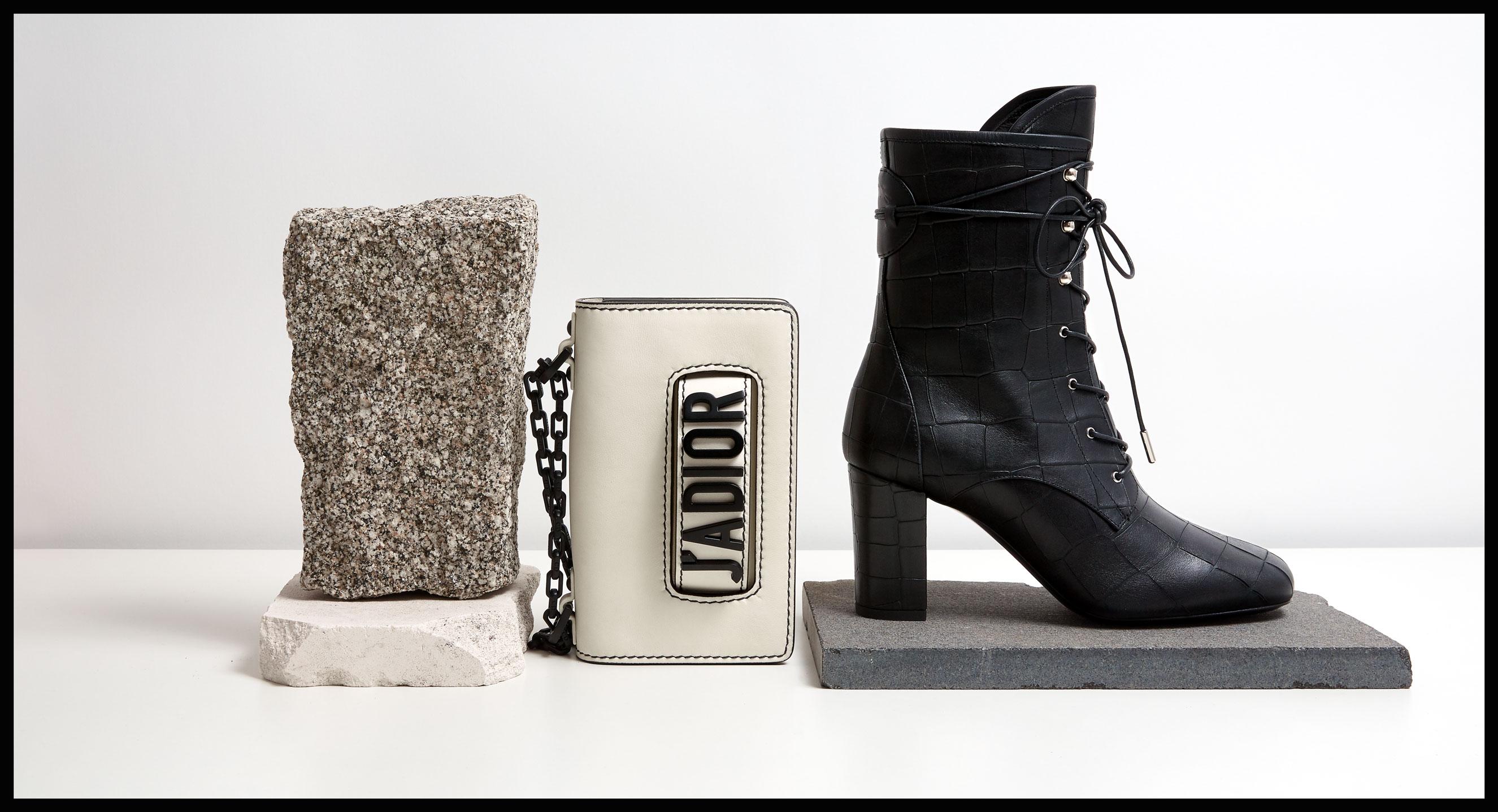 Bolso J'adior, Christian Dior. Botines de cocodrilo, Longchamp.