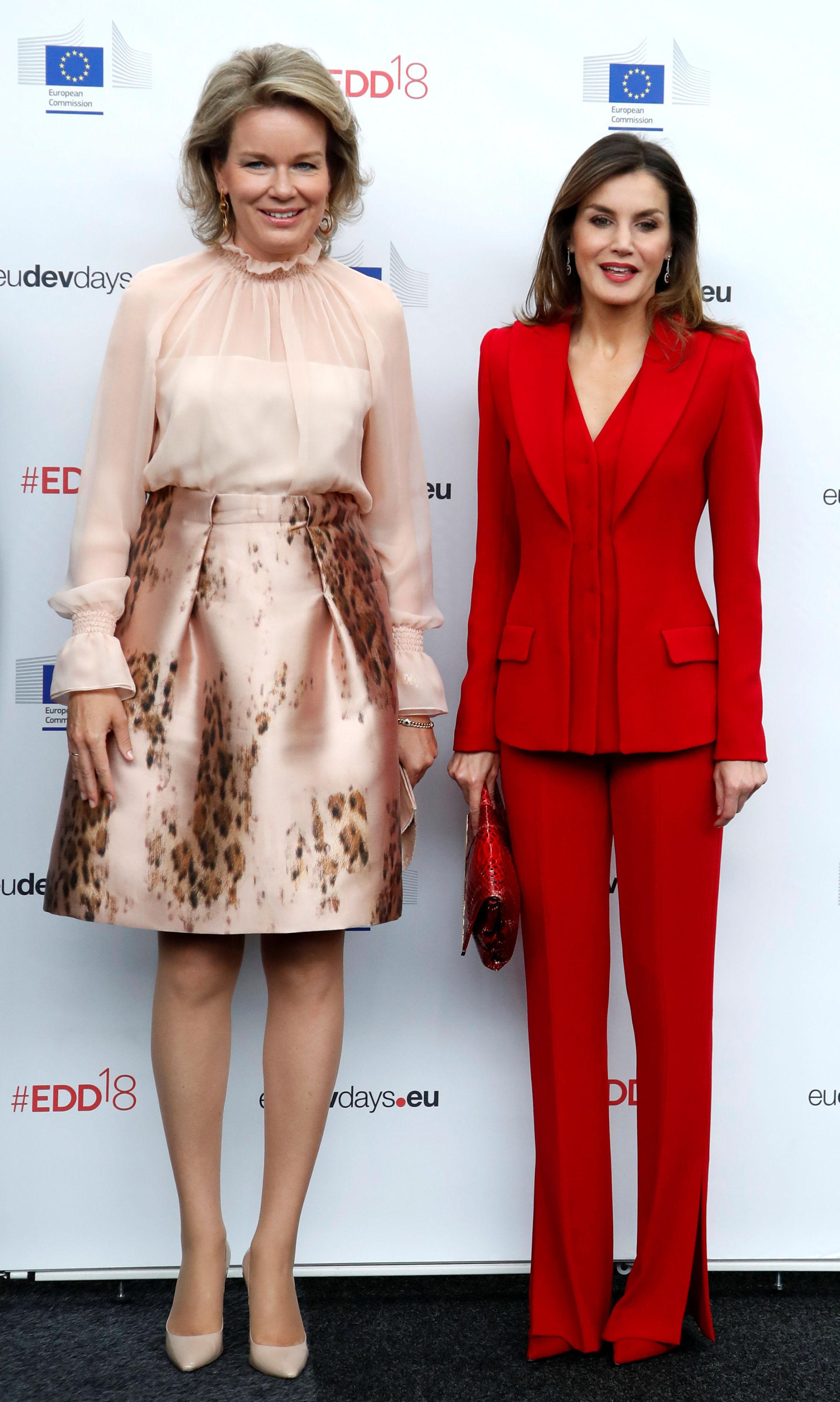 La reina Matilde y la reina Letizia. (Reuters)