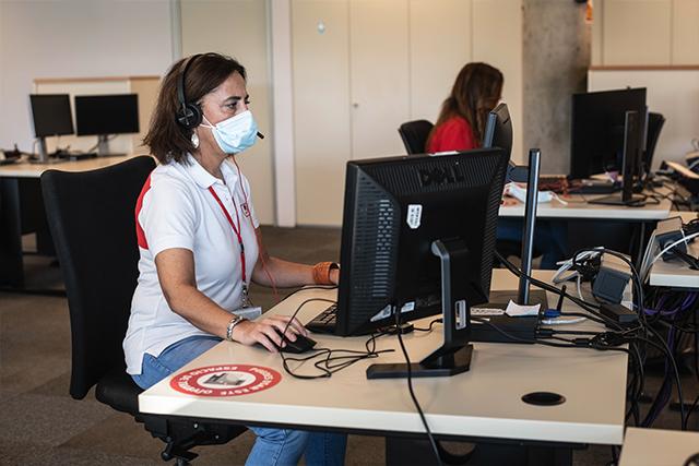 Charo es una de las personas que trabaja en el CRA de Madrid