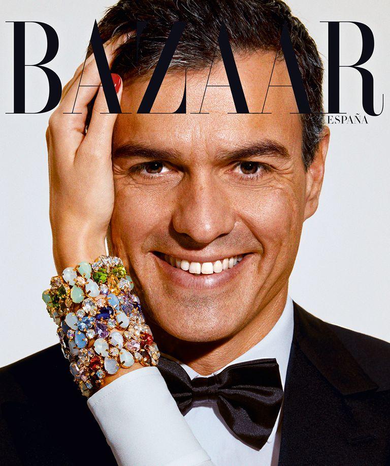 Pedro Sánchez emulando a Steve McQueen para 'Harper's Bazaar España'.