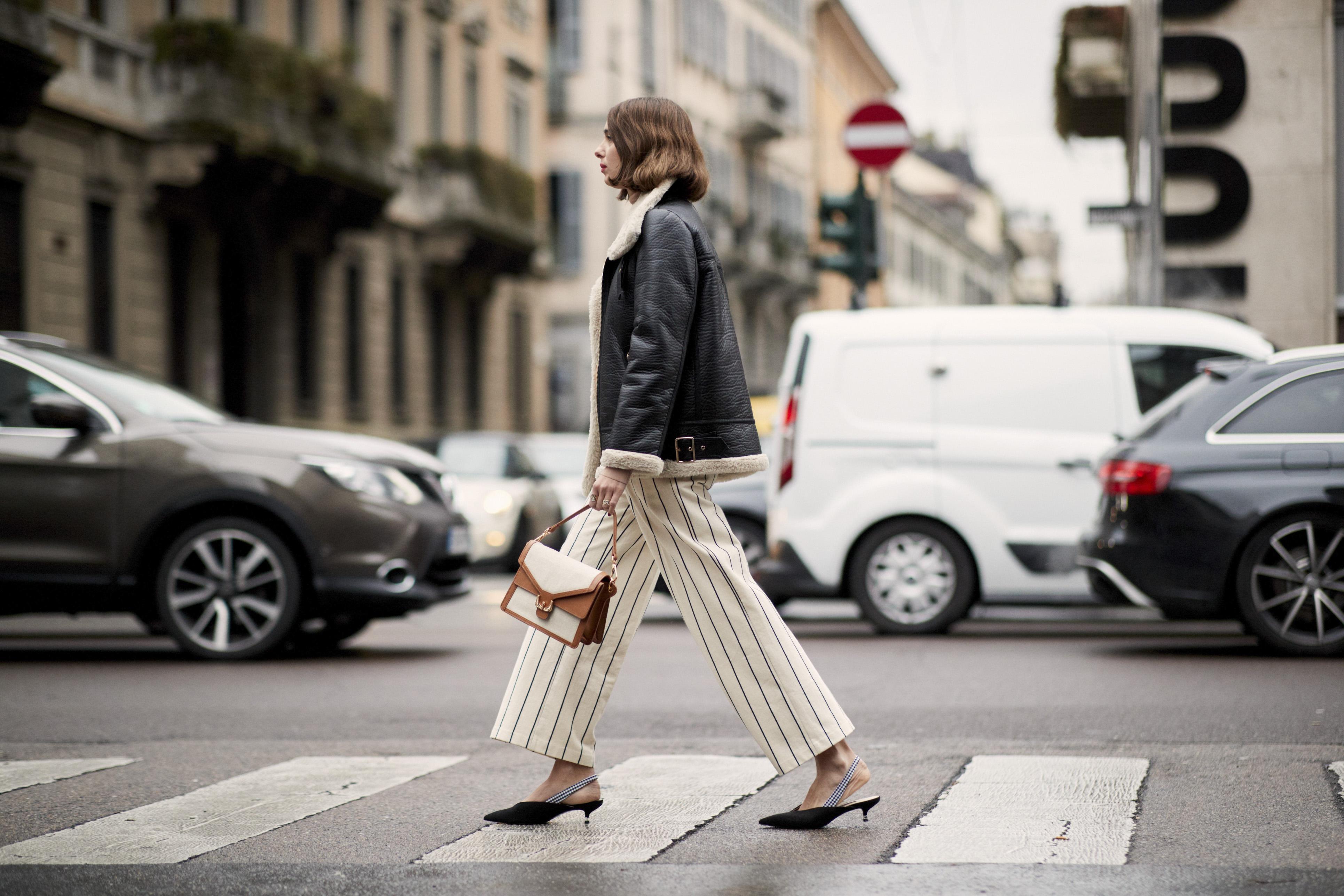 Street style de la pasarela de Milán. (Imaxtree)