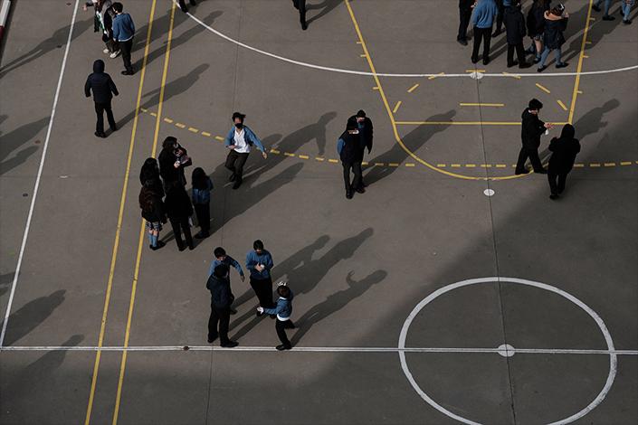 Los alumnos del Colegio María Inmaculada disfrutan del recreo