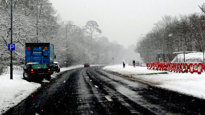 Una carretera en época de nieve