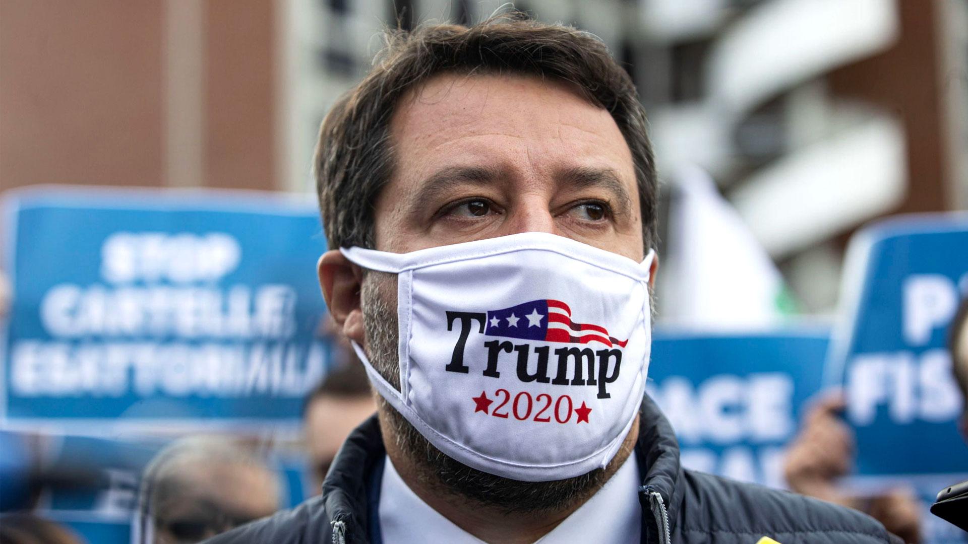 Salvini con una mascarilla en apoyo a la campaña de Trump 2020