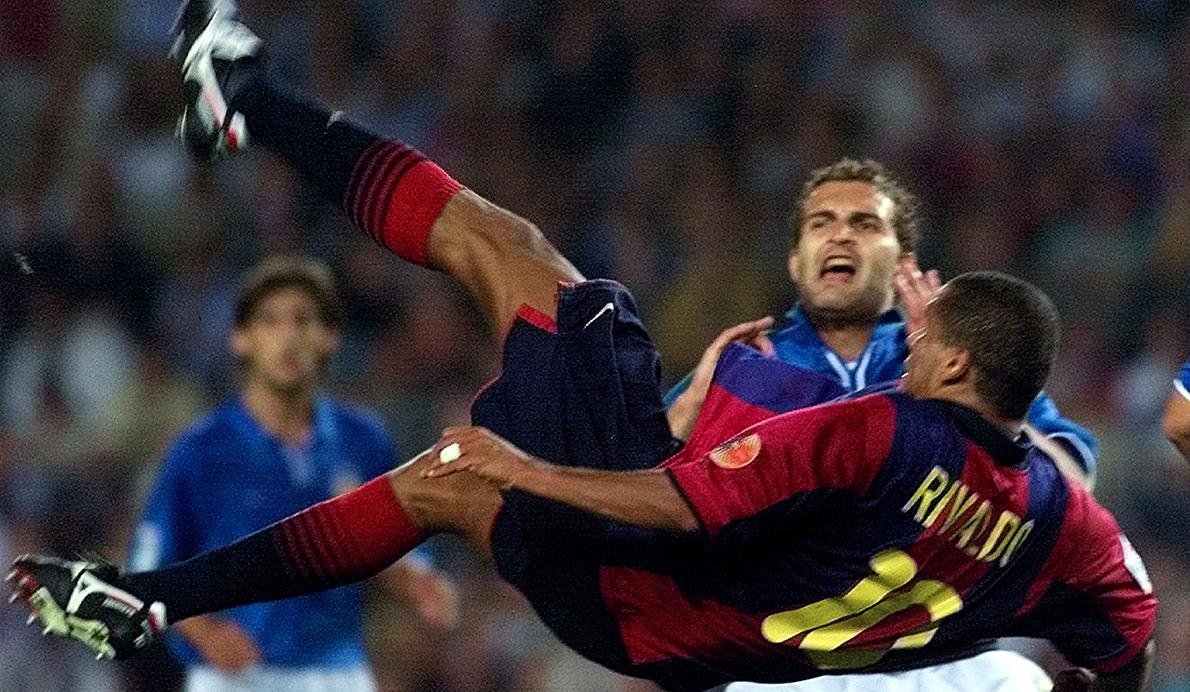 Además de espectacular, la chilena de Rivaldo clasificó al Barça para la Champions League en 2001