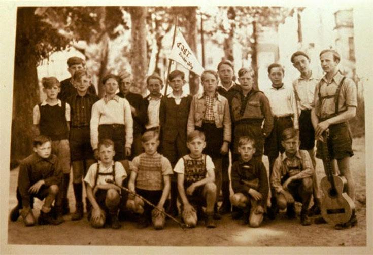 Adolescentes que vivieron en Colonia Dignidad